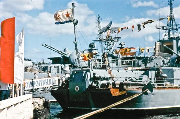 1985. Сторожевой корабль (СКР) «Разительный» Черноморского флота