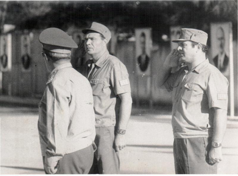 1978. С.Г. Кривоплясов спиной, Б.М. Гавриков, В.Д. Шевченко