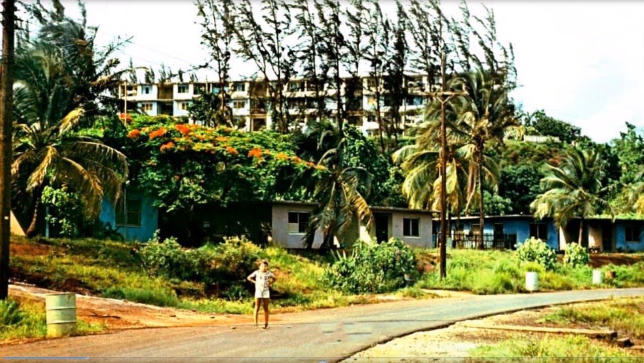 1977-1981. Фото 02. Улица в Моа.