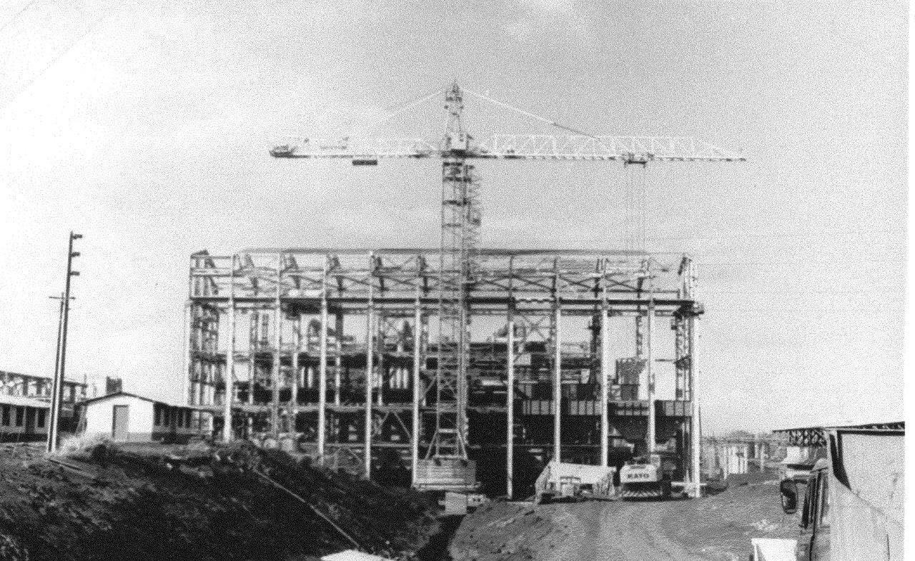 1990. Стройка никелевого завода Лас-Камариокас, фото 1