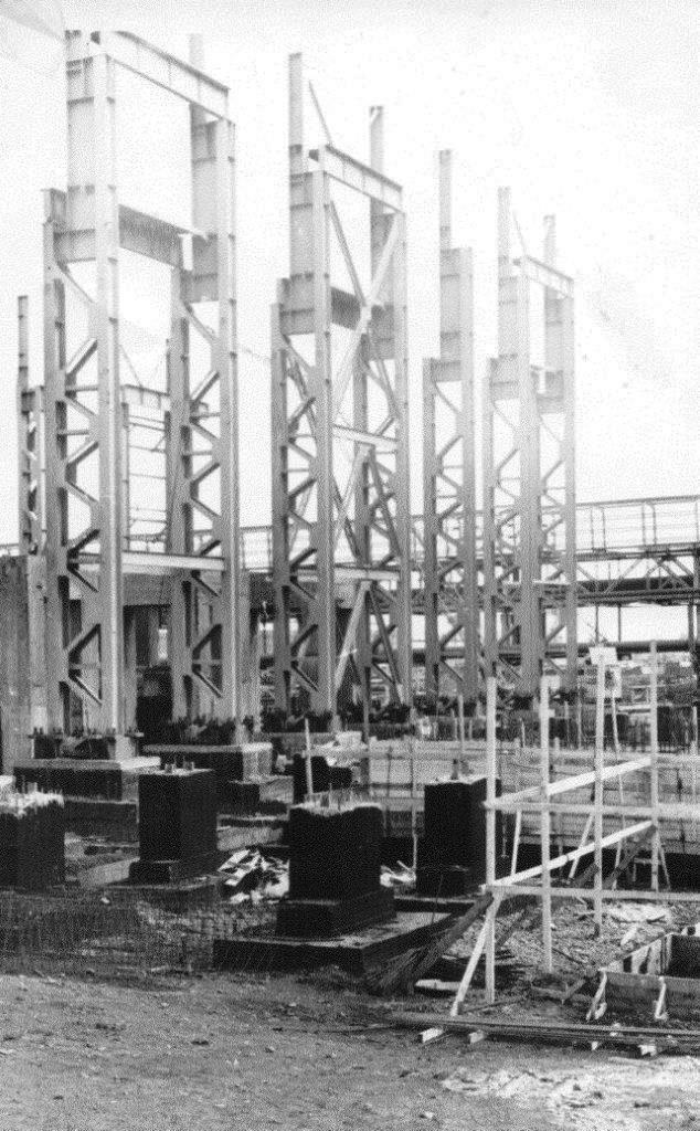 1990. Стройка никелевого завода Лас-Камариокас, фото 4