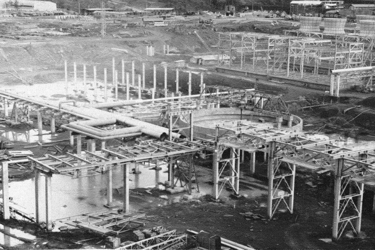 1990. Стройка никелевого завода Лас-Камариокас, фото 5