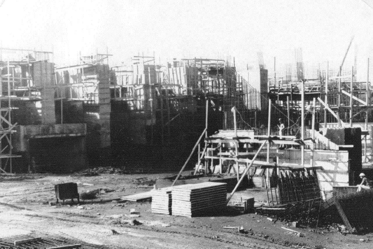 1990. Стройка никелевого завода Лас-Камариокас, фото 6