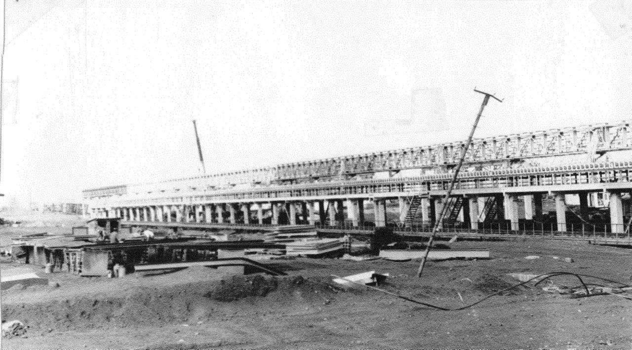 1990. Стройка никелевого завода Лас-Камариокас, фото 14