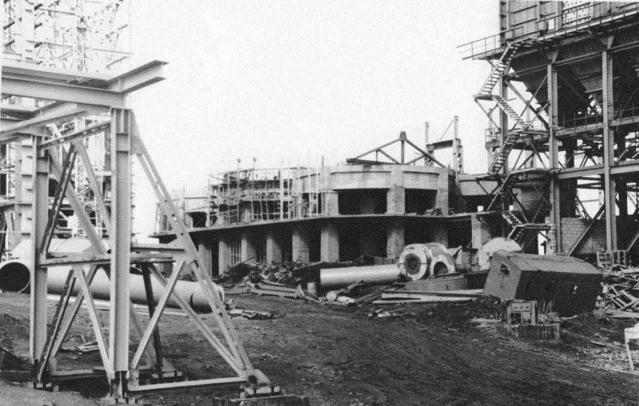 1990. Стройка никелевого завода Лас-Камариокас, фото 18
