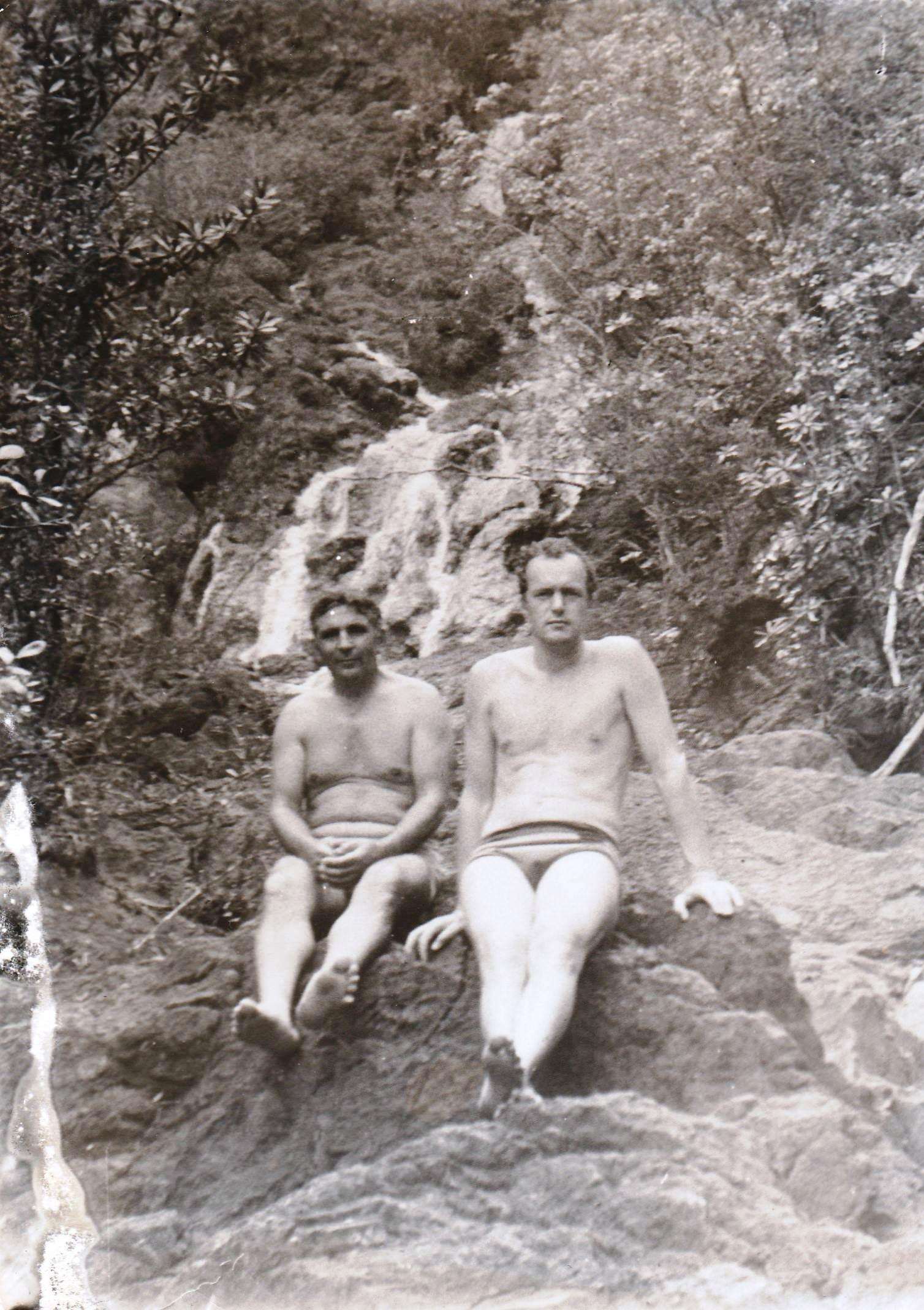 1978-1980. Фото 04. «На горной речке, я и Володя Юдин».