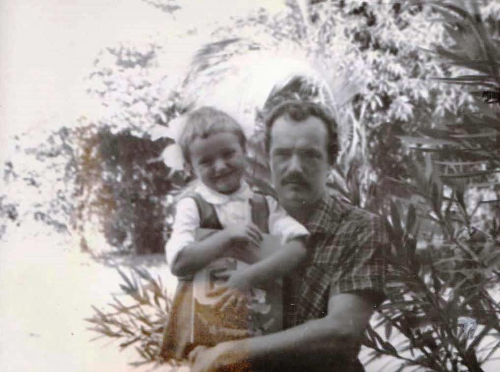 1978-1980. Фото 08. «Я и дочка Женечка».