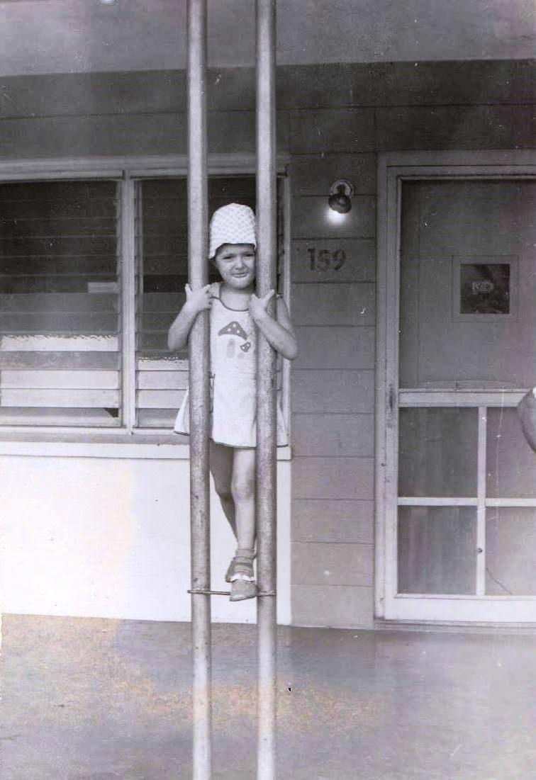 1978-1980. Фото 10. «Возле ресторанчика «Balcon de Moa» (около нашего Роло), фото 2».