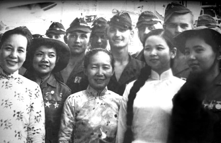 1969.07.21-26. Вьетнамская делегация которая прибыла на Кубу с визитом