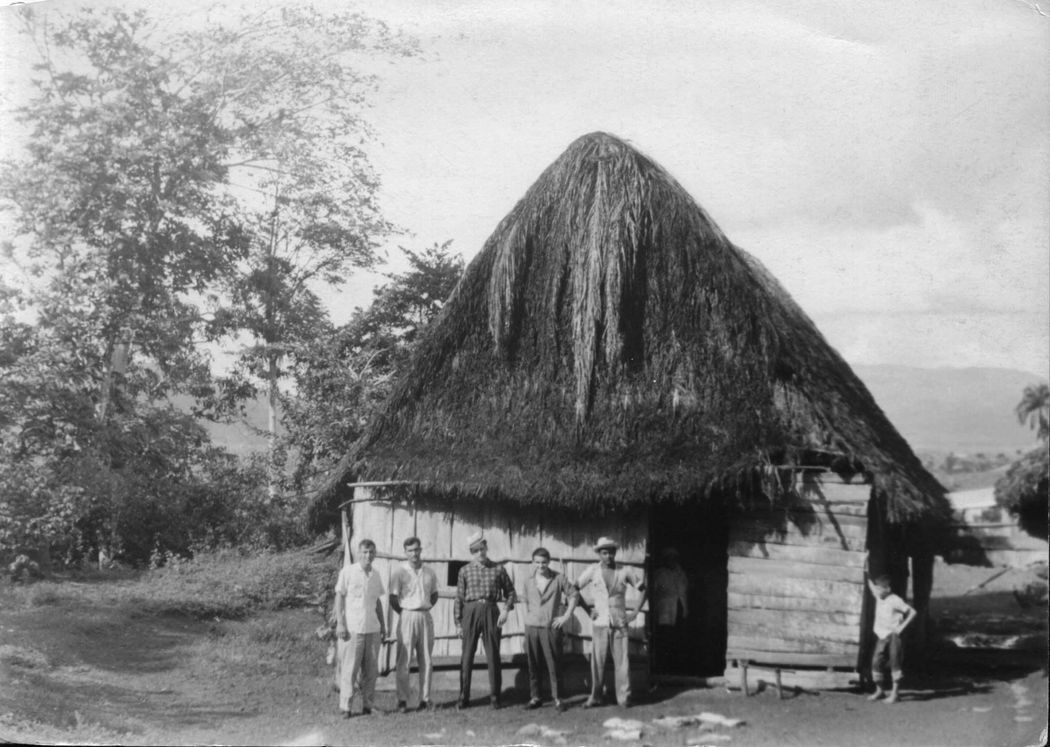 32. В небольшой кубинской деревне