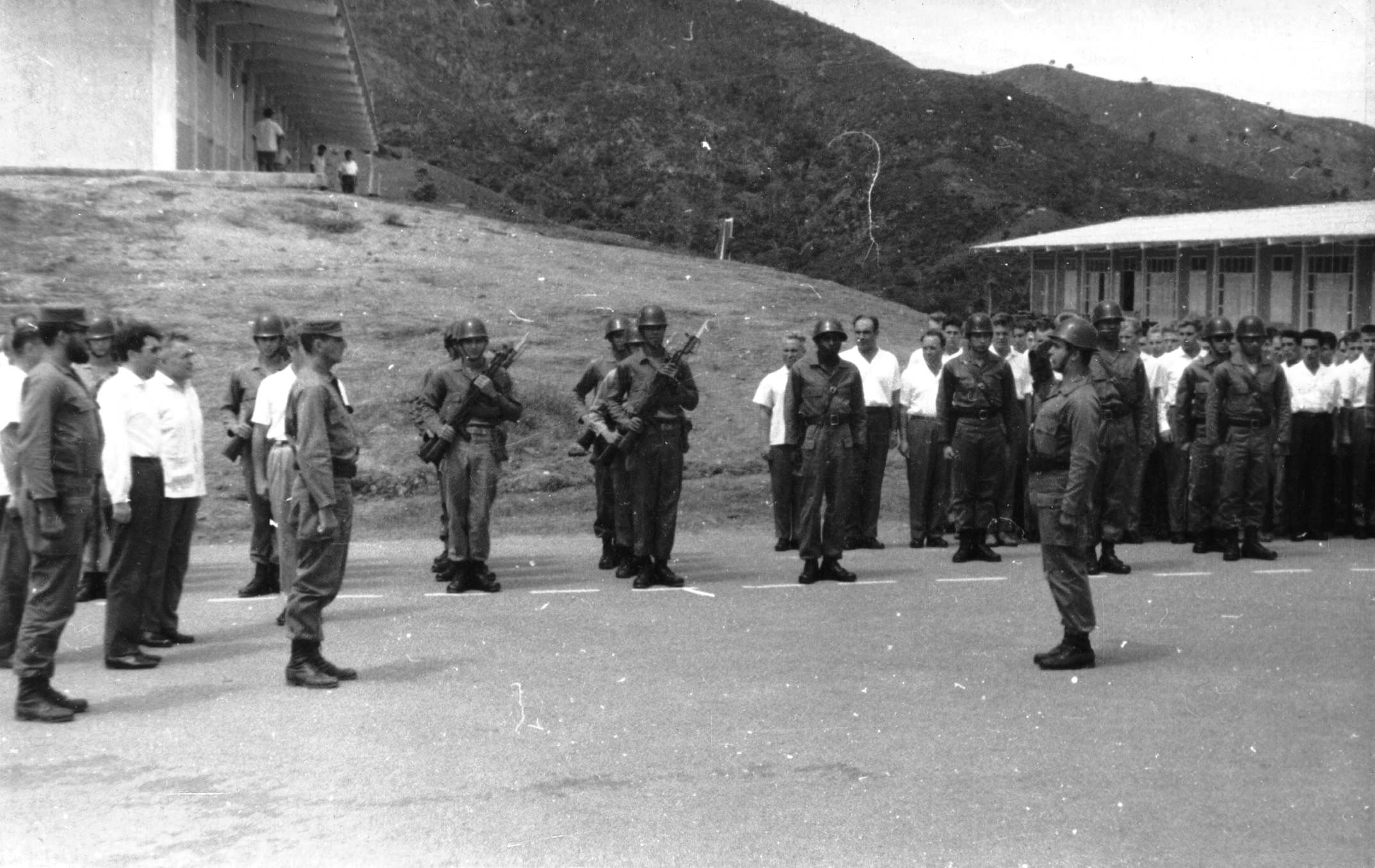 60. Июнь 1964, передача техники кубинцам