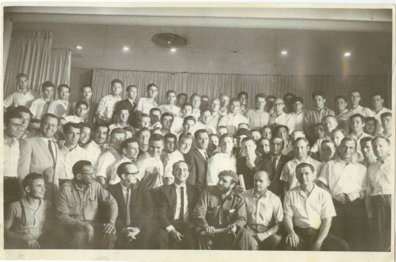 32. Встреча советских комсомольцев с Фиделем Кастро, председателем Совета министров Республики Куба. Республика Куба. 1961 г. (?)