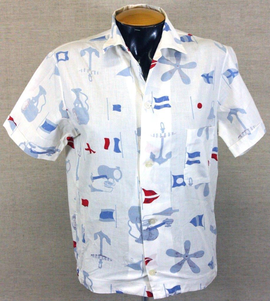 33. Рубашка белая с рисунками морской тематики – часть мужского пляжного костюма Коровинского И.М. 1960-е гг. США.