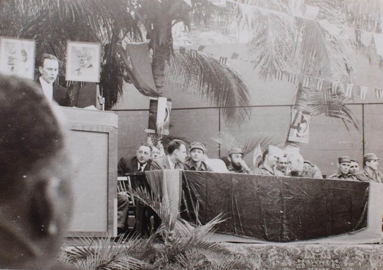 001. 1962-11-06. На совещании, посвященном 45 летию Октябрьской революции.