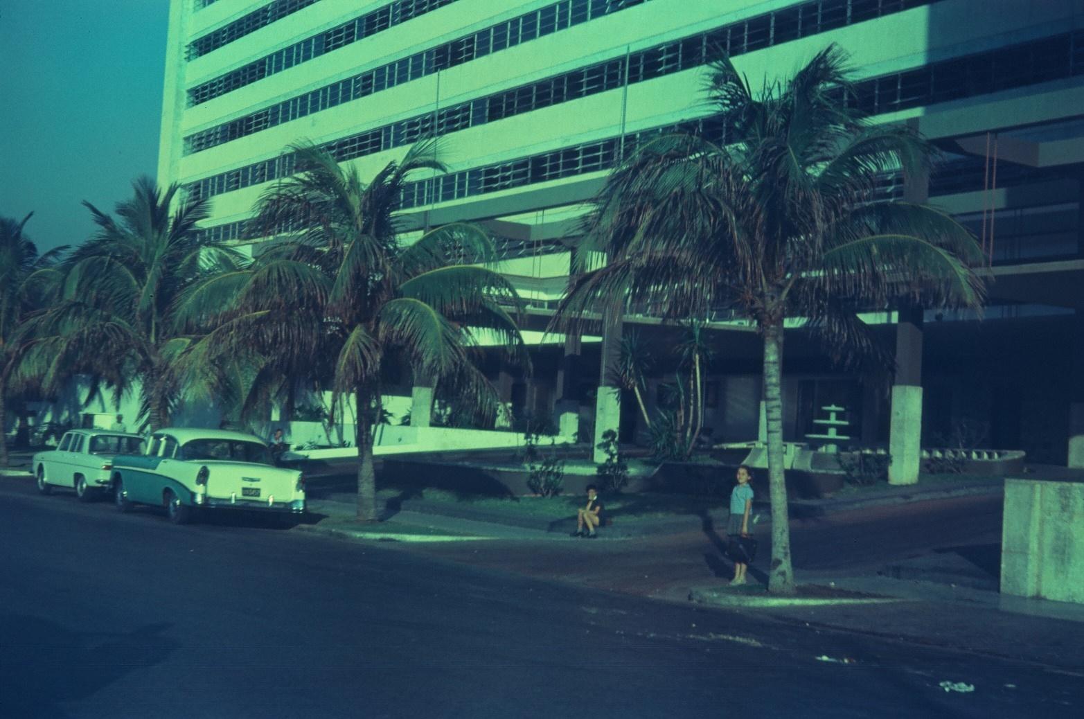 1968-1970. Гостиница «Сьерра-Маэстра» и Елена Мендес в школьной форме