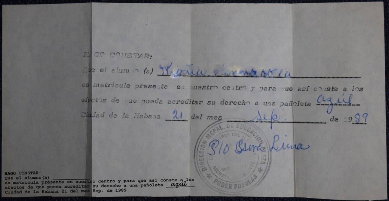 1989-09-21. Cвидетельство принадлежности к «пионерам синего галстука».