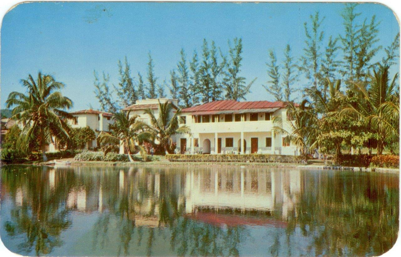79. Карточка почтовая. Отель в Сан Хосе дэль Лаго. Гавана. Кон. 1950-х гг.