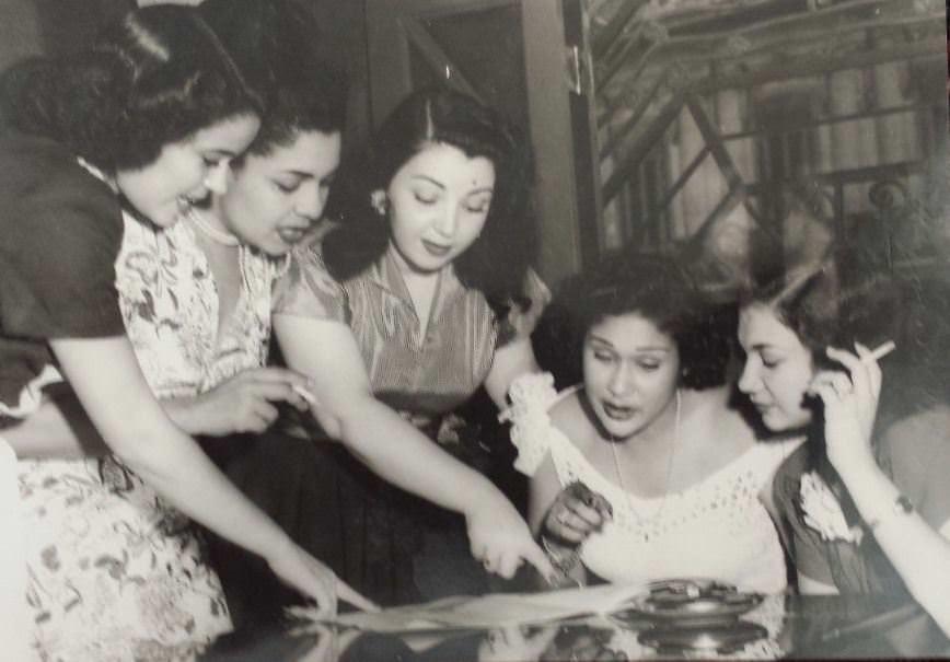 1940-е годы. Известные певицы Ольга Гийо и Ольга Шоренс