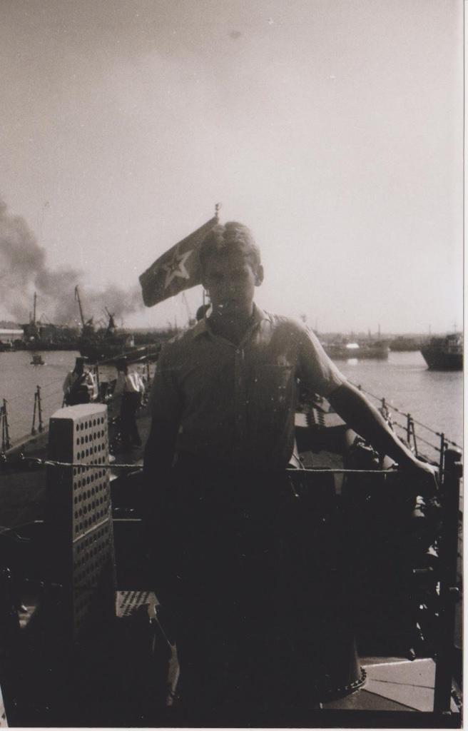 Осень 1986. Большой противолодочный корабль (БПК) «Очаков». На снимке Виктор Шаманин.