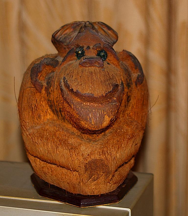 Обезьянка из кокоса