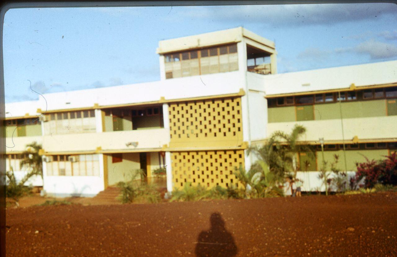 1983-1985. Серия 1. Фото 01. Советская школа в Роло.