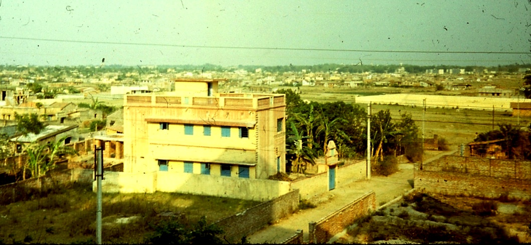 1983-1985. Какой-то дом.