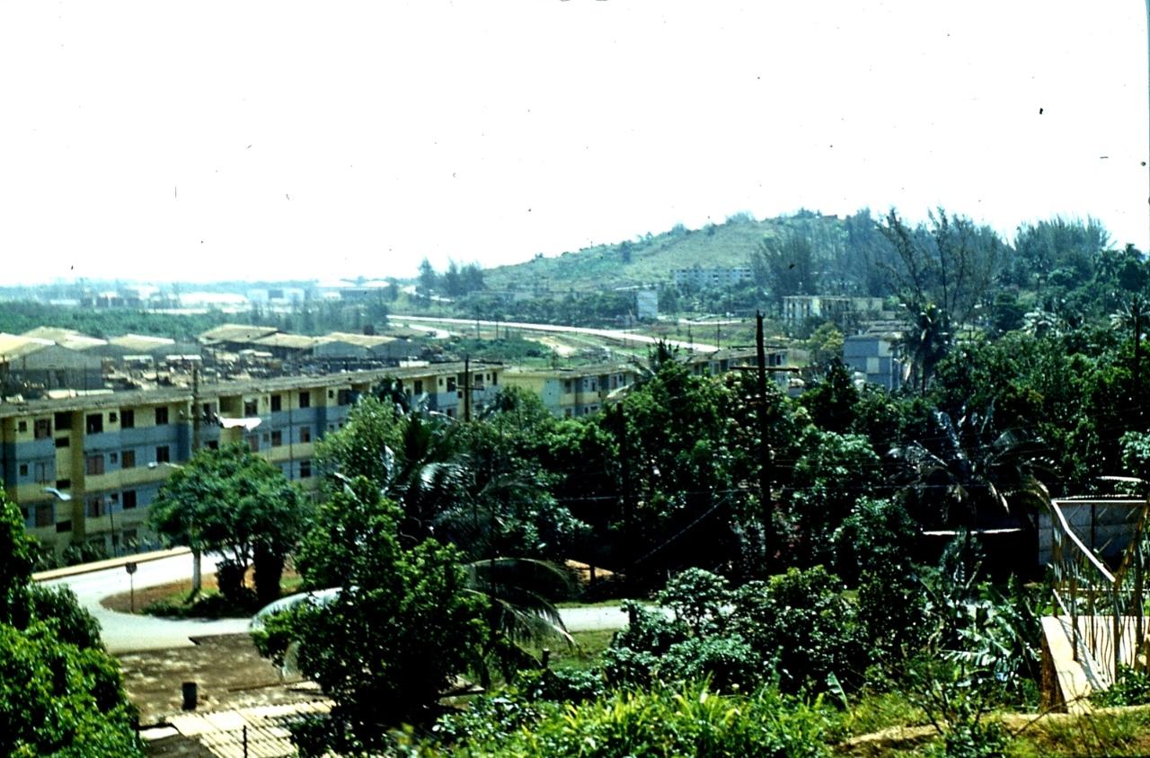 1983-1985. Серия 1. Фото 14. Роло Монтеррей. Выезд в сторону завода.