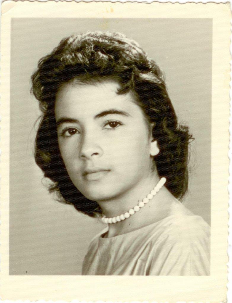 06. Девушка-кубинка, знакомая Шарапова В.Ф. Республика Куба. 1962 г.