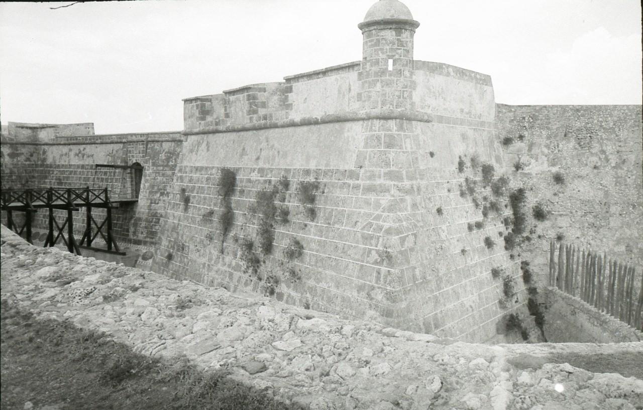 Сантьяго-де-Куба. 1983-1985. Крепость Кастильо-дель-Моро. Балкон для туристов.