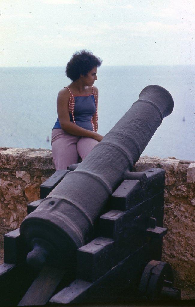 Сантьяго-де-Куба. 1983-1985. Крепость Кастильо-дель-Моро. Пушка.