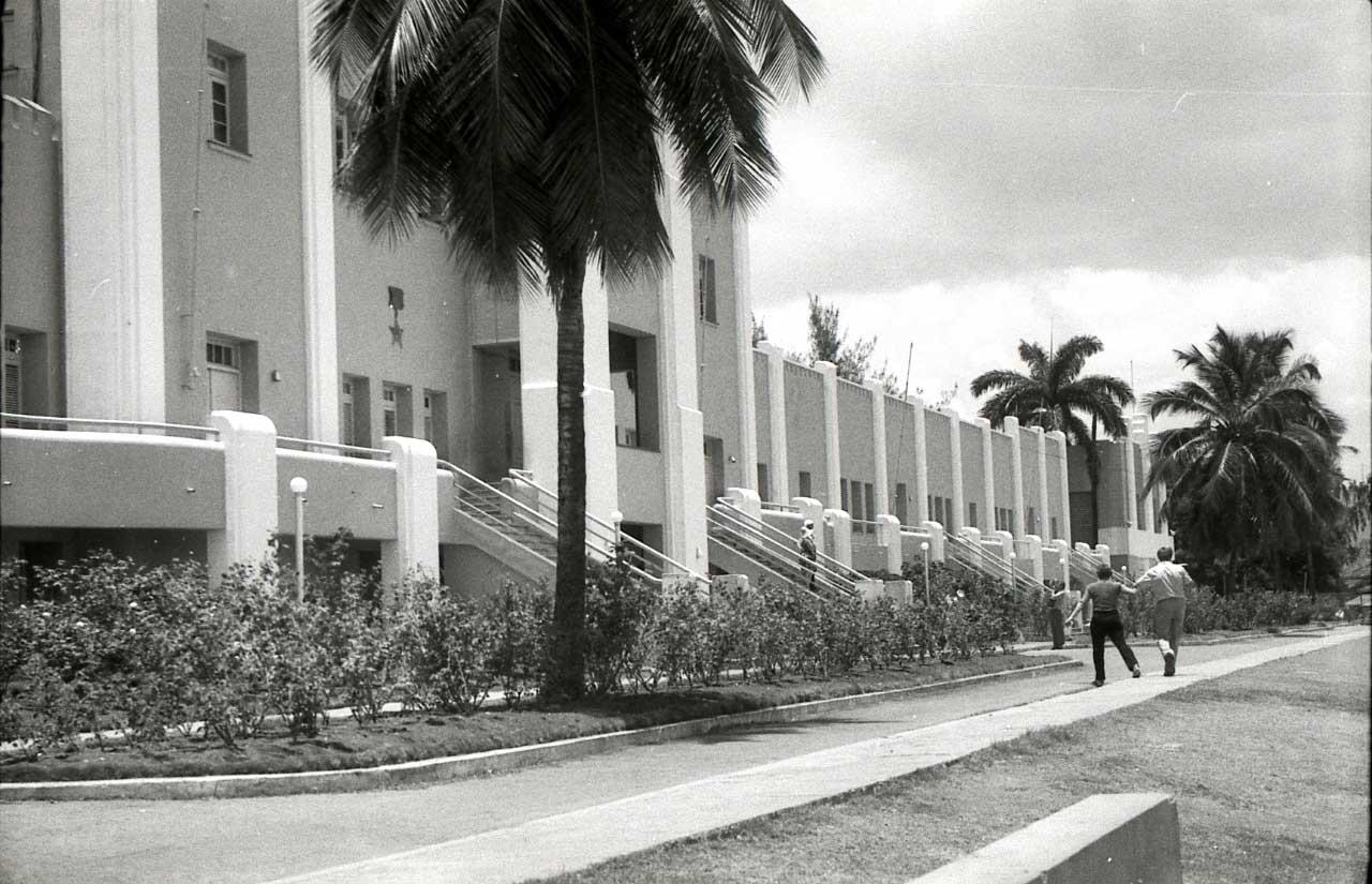 Сантьяго-де-Куба. 1983-1985. Казармы Монкада. 1