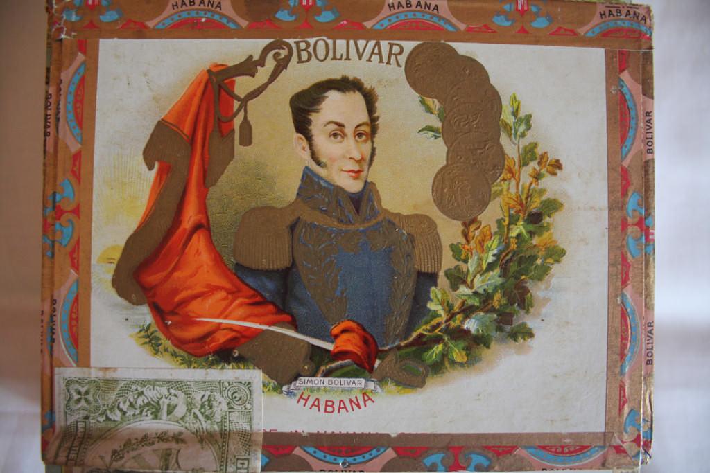 129. Коробка из-под сигар «Боливар»