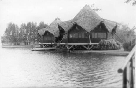 082. Индейская деревня