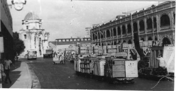 1973. Порт