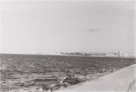 1986-1987. Вид на El Morro с набережной Malecon.
