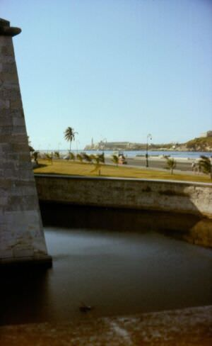 1990-05-ХХ. Вид от крепости Реал-Фуэрса на Эль-Морро.