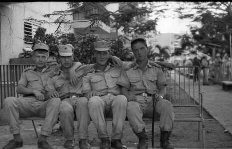 029. 1987-1989. ПХД в Нарокко. Солдаты танкового батальона.