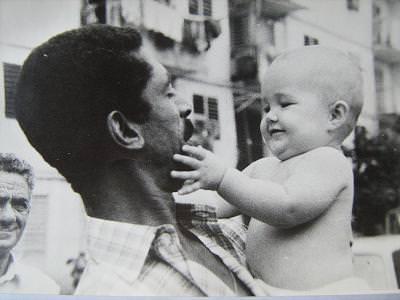 1987. Наша дочка Кристина с кубинцем Марио Пенья (представитель кубинской организации Ecimetal, обычно сопровождал советских специалистов из Гаваны в Моа и Никаро).