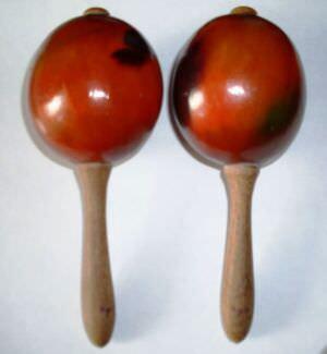 Маракасы - древнейший ударно-шумовой инструмент индейцев, в данном случае - сувенир