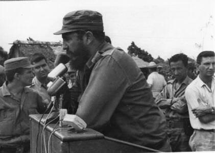 013. Площадь Независимости, выступление Фиделя Кастро, фото 3