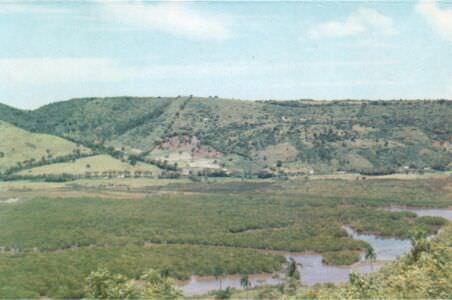 437. Матансас. Долина Юмури.