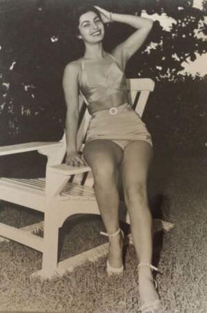 08. 1950-е годы. Танцовщица из «Тропиканы».