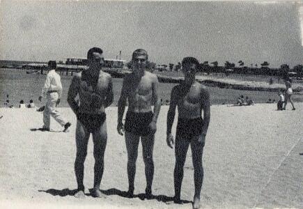 25. На берегу Мексиканского залива. 1964