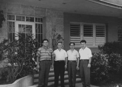 13. 1964. В Торренсе