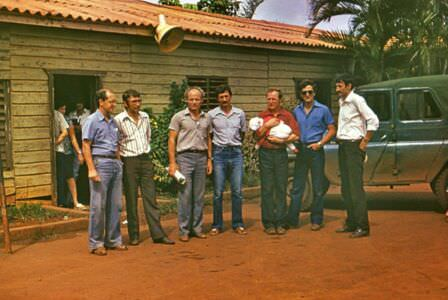 1982-1984. Группа «Ралли». Фото 08. Проводы в аэропорту Моа, 1982 год.