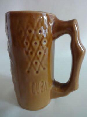 110. Пивная кружка из керамики. Ракурс 1.