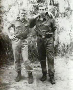 091. 1975-1976, Воробьев Александр с другом