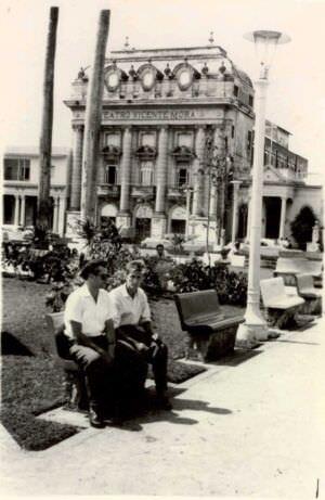 39. Мы с В. Железкиным в сквере около театра в Артемисе, август 1963 г., фото 1