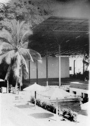 323. 1986-1987. «Чайка», видна сцена и экран