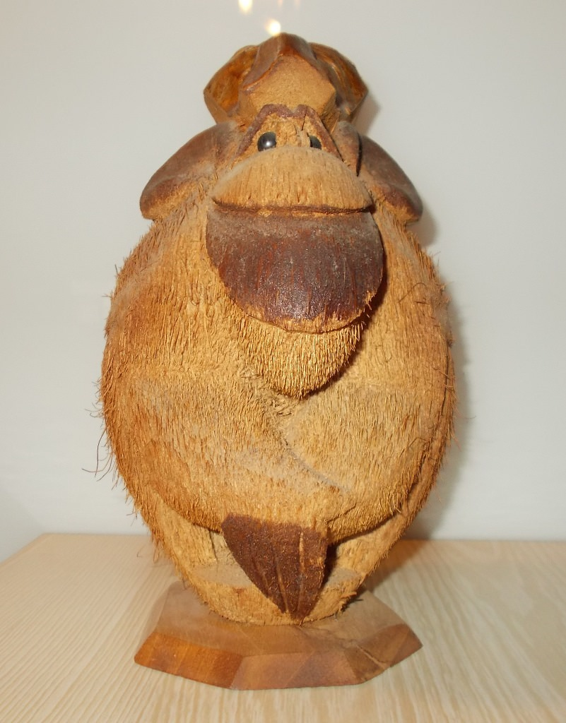 Обезьяна из кокоса. Анфас.